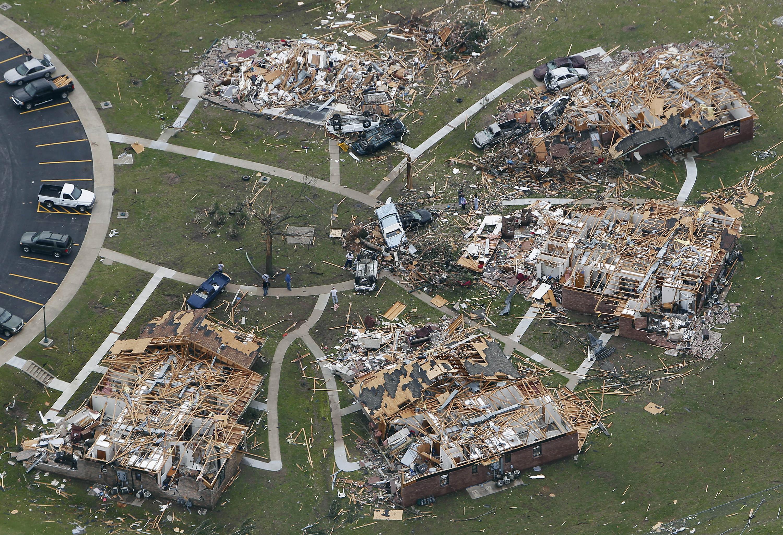 rare multi-vortex tornado; death toll